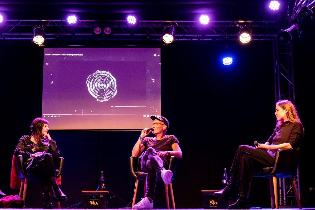 »AI – What's up with that?« / Talk @ Frannz Club – Photo: Käthe deKoe