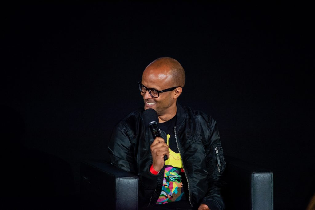 »Blackout Tuesday – Auswirkungen für die deutsche Musikindustrie« (Patrick Mushatsi Kareba) / Talk @ Kino in der Kulturbrauerei – Photo: Käthe deKoe