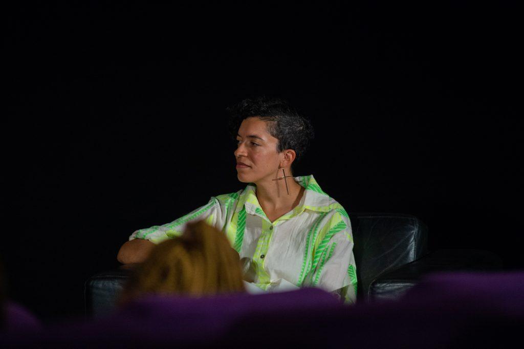 »Blackout Tuesday – Auswirkungen für die deutsche Musikindustrie« (Celina Bostic) / Talk @ Kino in der Kulturbrauerei – Photo: Käthe deKoe
