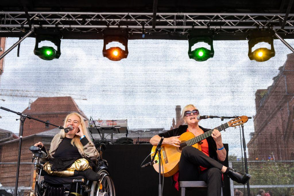 blind & lame @ Pavillon – Photo: Käthe deKoe