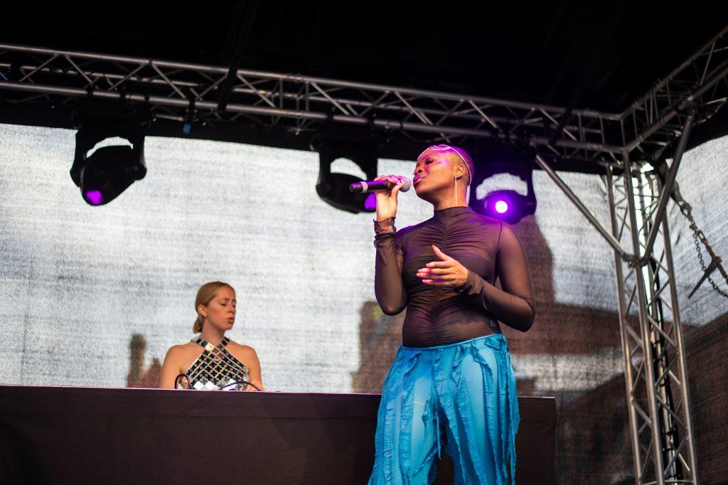 Kesswa & Tereza @ Pavillon – Photo: Käthe deKoe