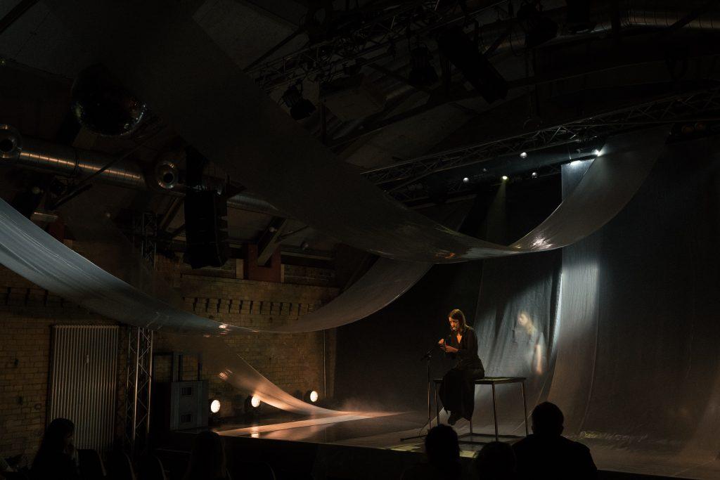 Mazlum Nergiz »RIVERS« @ Maschinenhaus – Photo: Camille Blake