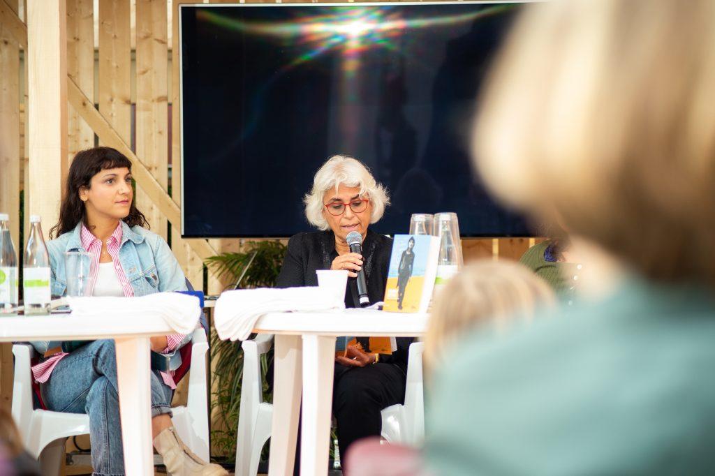 »Semra Ertan – Mein Name ist Ausländer« (Saki Aslan,Zühal Bilir Meier) / Reading & Talk @ Çaystube – Photo: Käthe deKoe
