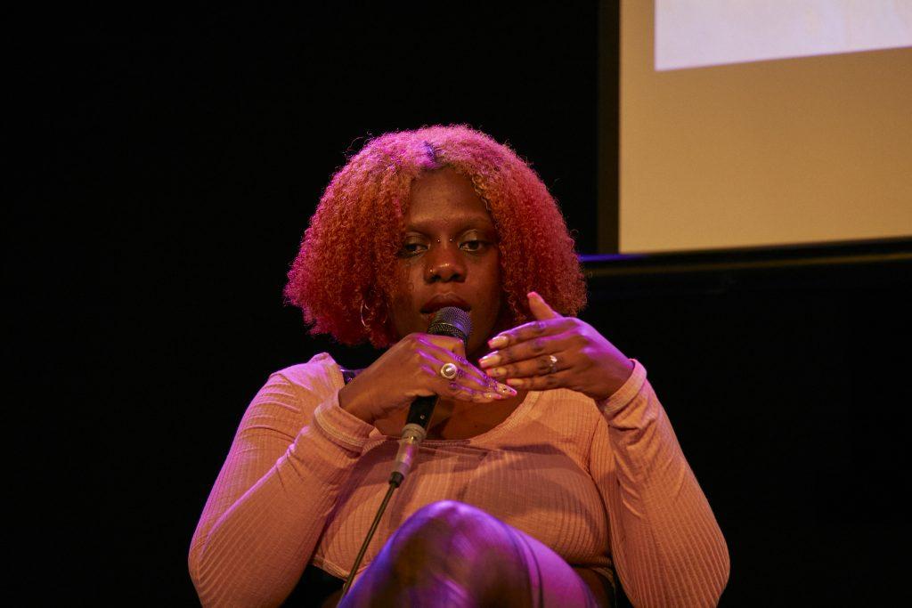 »The Kids Are Alright. Black Punks« (Jesseline Sarkodie) / Talk @ Frannz Club – Photo: Phillip Zwanzig